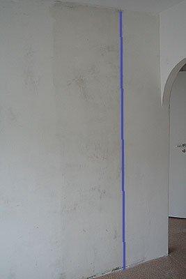 Размечаем вертикальную линию первой полосы