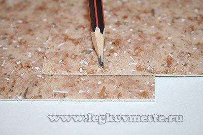 Размечаем линию стыквки листов и сварного шва