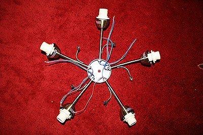 Корпус с прикрепленными рожками светильников