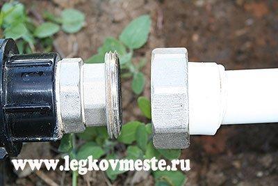 Разъемное соединение для системы капельного полива