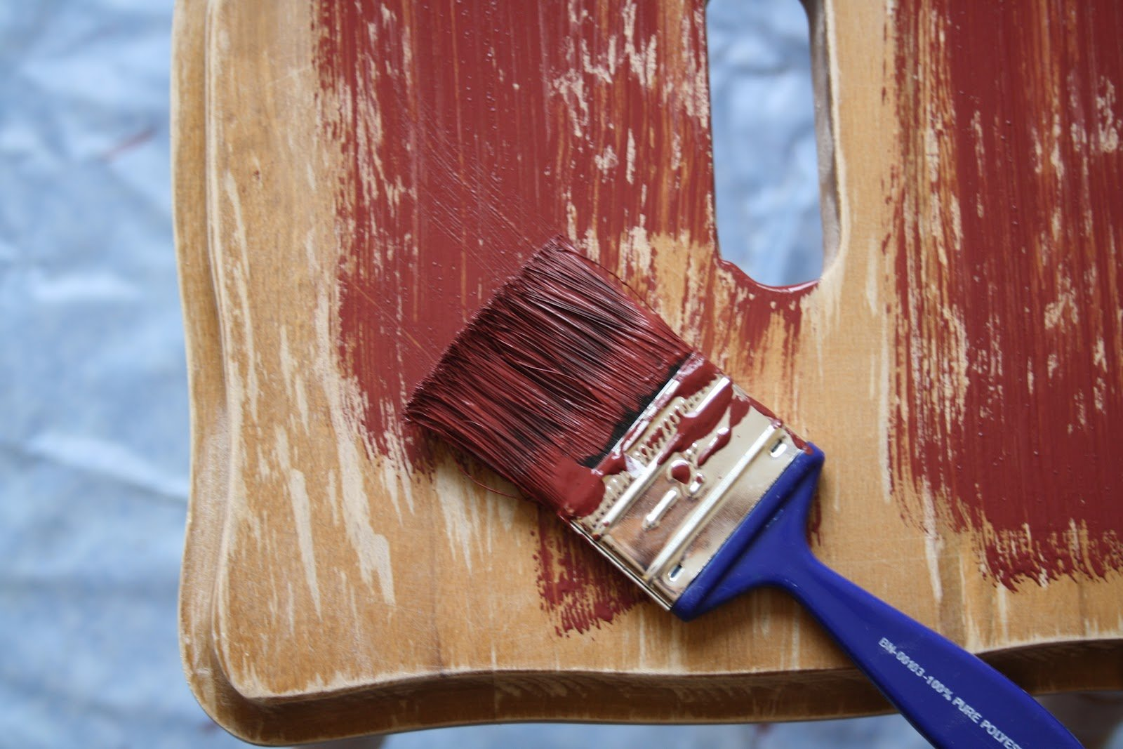 Как своими руками изменить старую мебель своими руками