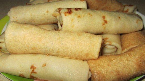 блины фаршированные картошкой под соусом