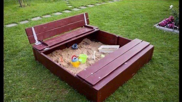 Модель песочницы с крышкой