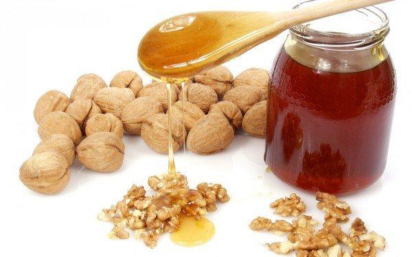 орехи и мёд