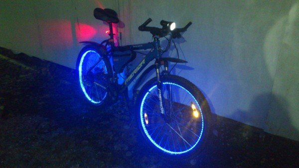 велосипед с светодиодной подсветкой