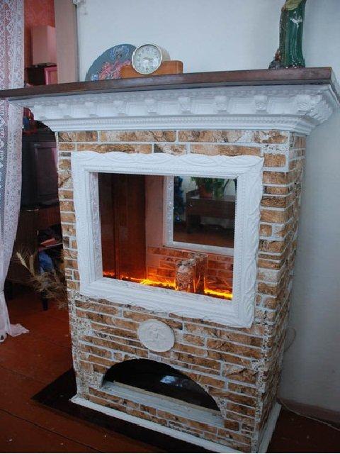 Фальш-камин из старой мебели
