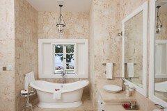 Домашний мастер класс. Как положить плитку на пол в ванной комнате.