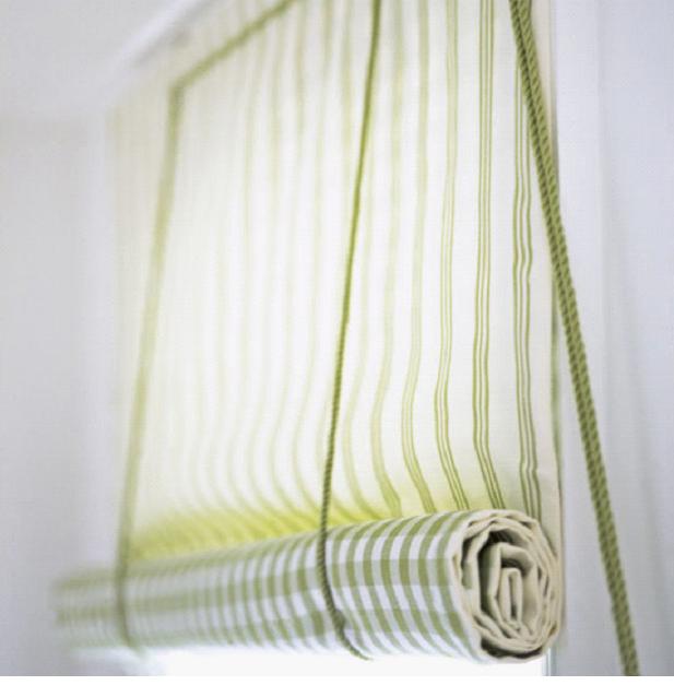 Как самому сделать рулонную штору на пластиковое окно 28
