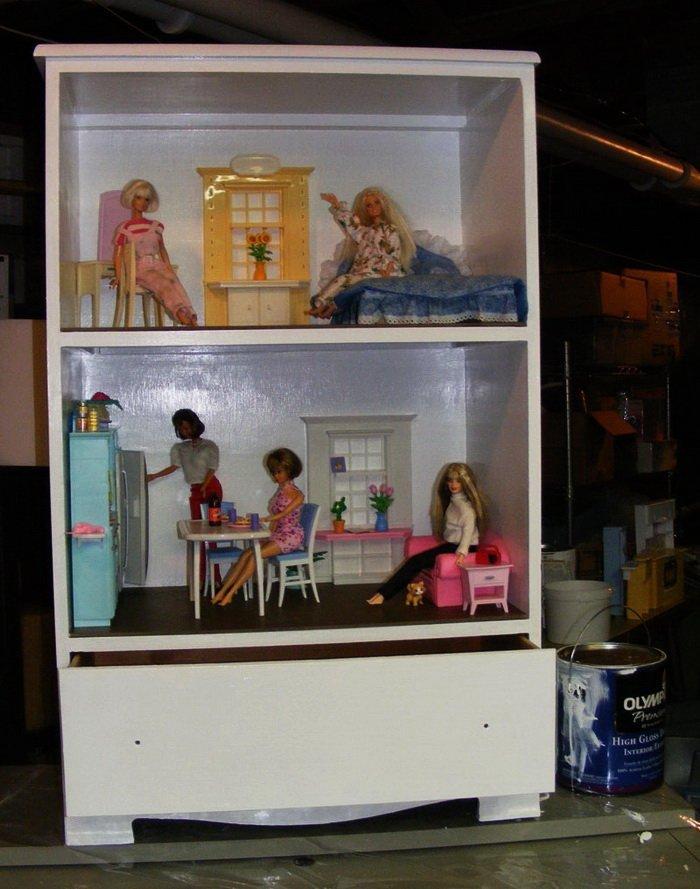 Как сделать домик для куклы Барби своими руками из разных материалов