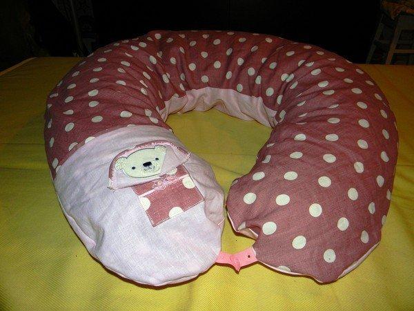 подушка-рогалик для мамы иребёнка