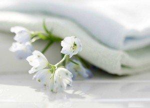 Полотенца белые