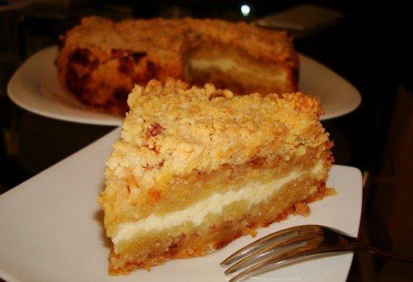 кусок тёртого пирога