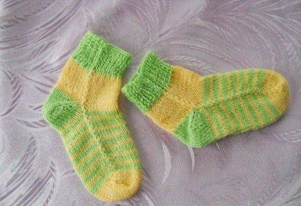 пара бесшовных носков