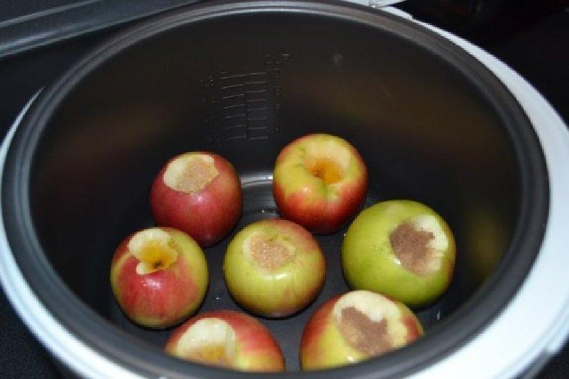 Печёные яблоки в мультиварке редмонд рецепт с фото