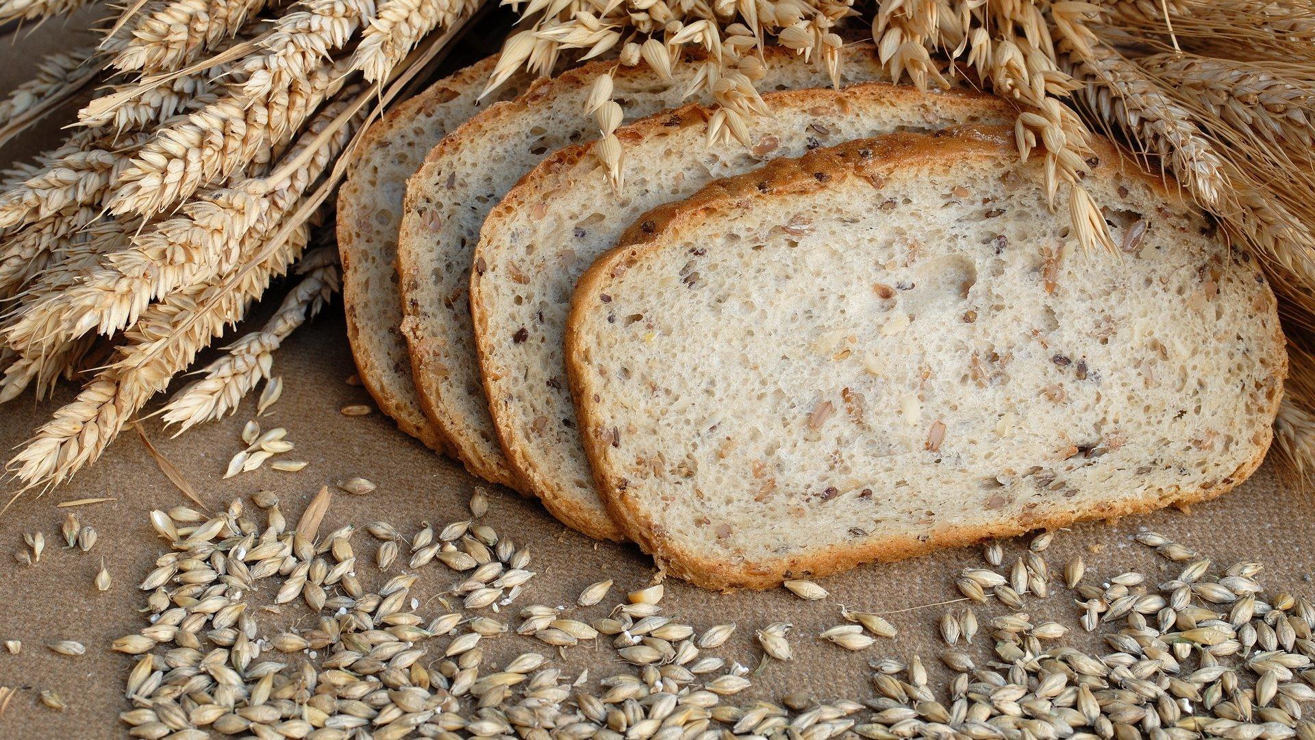 Как испечь ржаной хлеб дома в духовке без дрожжей на закваске видео