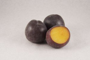 Чёрные абрикосы