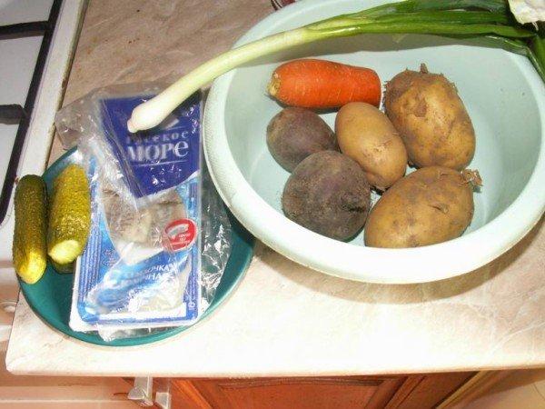 овощи и сельдь