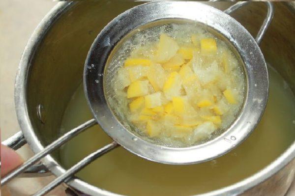 процеживание лимонов