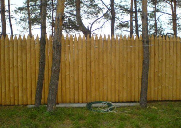 Ограждение участка забором своими руками 474