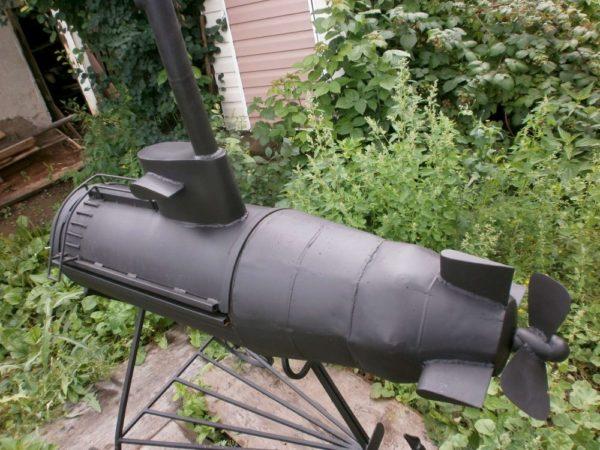 мангал в форме подводной лодки