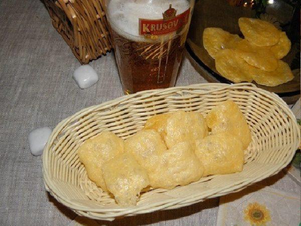 сырные чипсы с пивом
