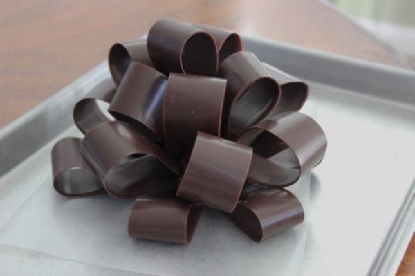 готовый шоколадный бант