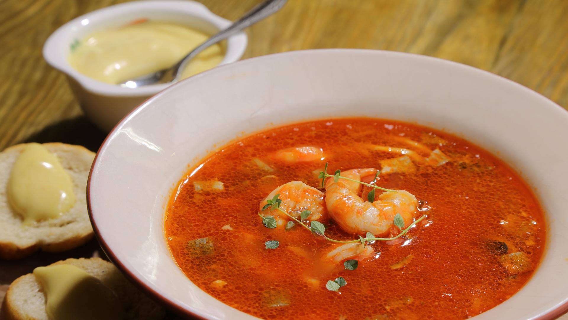 Из чего и как готовить суп буябез
