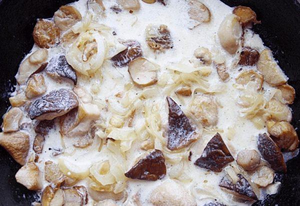 грибы со сливками
