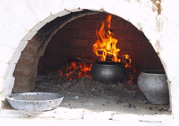 Приготовление еды в русской печке