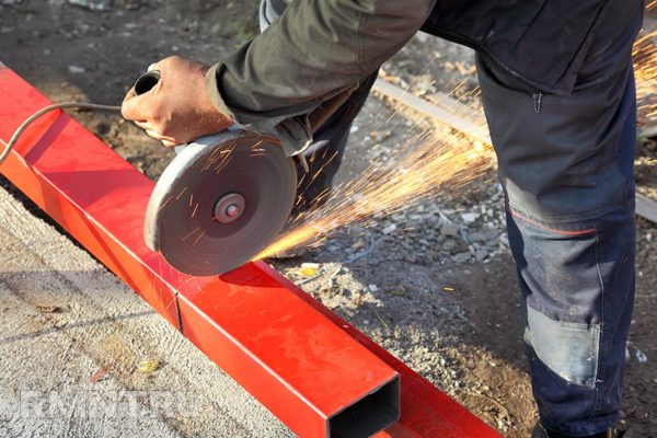 Обработка металла болгаркой