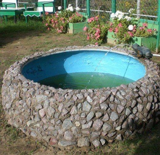 Бассейн из старой покрышки облицованный камнем