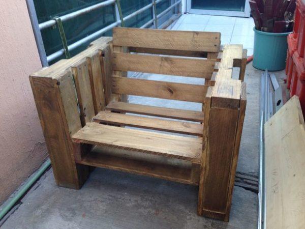 готовое кресло из поддона