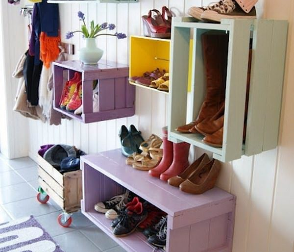 обувные полки из деревянных ящиков