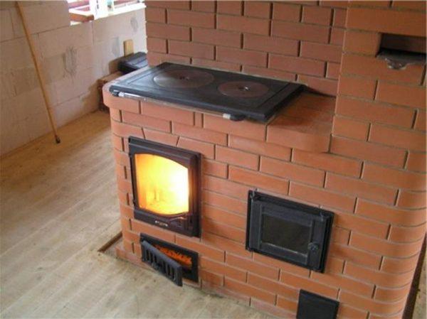 Кирпичная печь с духовкой