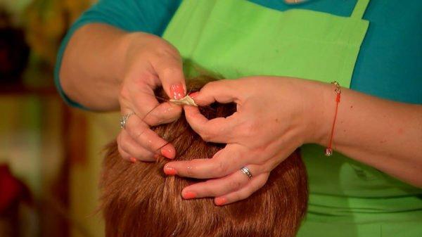 Жвачка в волосах ребёнка