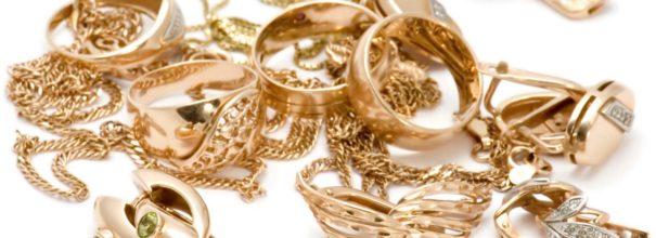 Как почистить золотые украшения в домашних условиях? 137