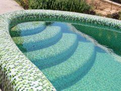 Бетонный бассейн на участке