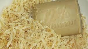 хозяйственное мыло, натертое на крупной терке