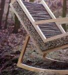Кресло-качалка из прутьев