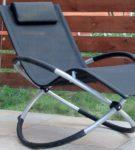 Кресло-качалка из труб