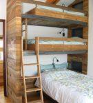 Взрослая трёхъярусная кровать
