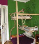 Вариант комбинированной кровати в виде домика на дереве