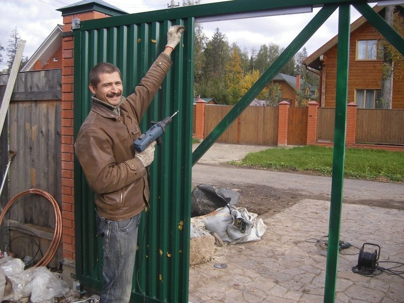 Обшивка ворот своими руками