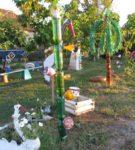 Детская площадка из пластиковых бутылок