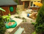 Детская площадка из подручных материалов