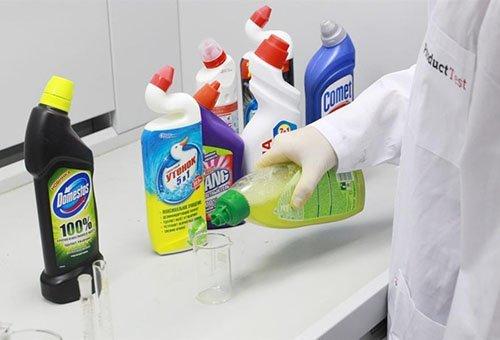 Чем очистить унитаз от известкового налета