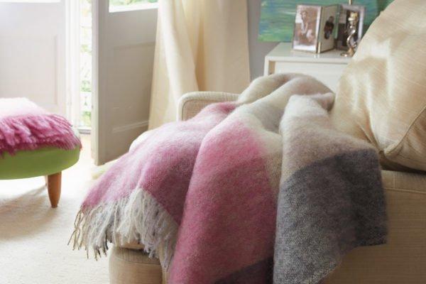 Как постирать плед в домашних условиях