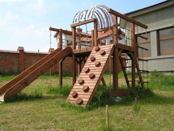 Самодельная детская площадка