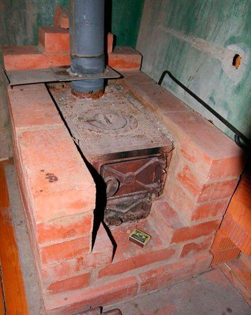 Как установить печь на даче своими руками