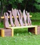 Декоративная деревянная лавочка